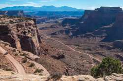 Canyonlands-Overlook-from-Island-in-the-Sky