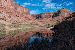 Colorado-river-and-reflection