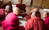 Monks-in-Circle_Burma-1