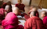 Monks-in-Circle_Burma-1