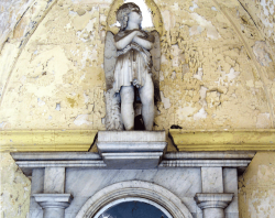 Cemetery statues, Havanna