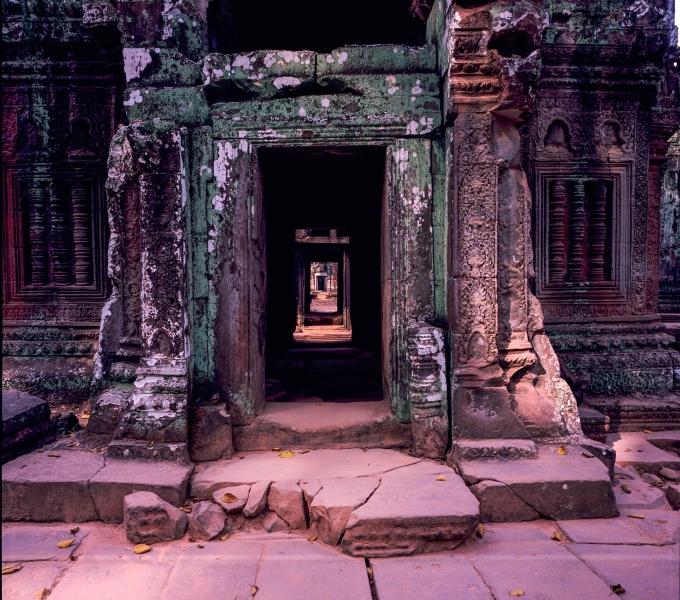 Temple doors_Ankgor Tom